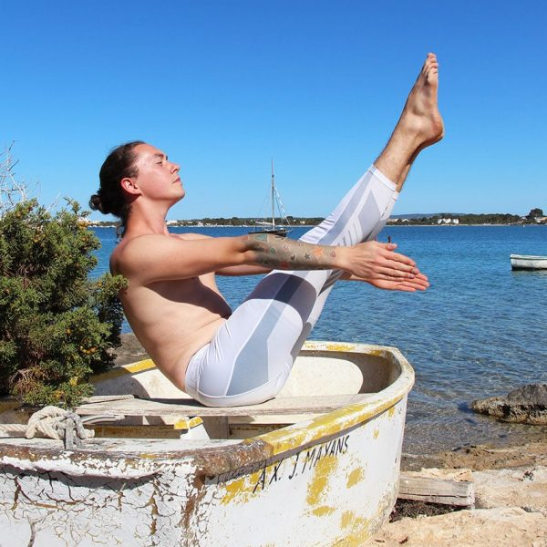 astral-yoga-arm-boat